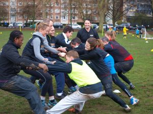 Seance de rugby fitness pour adultes